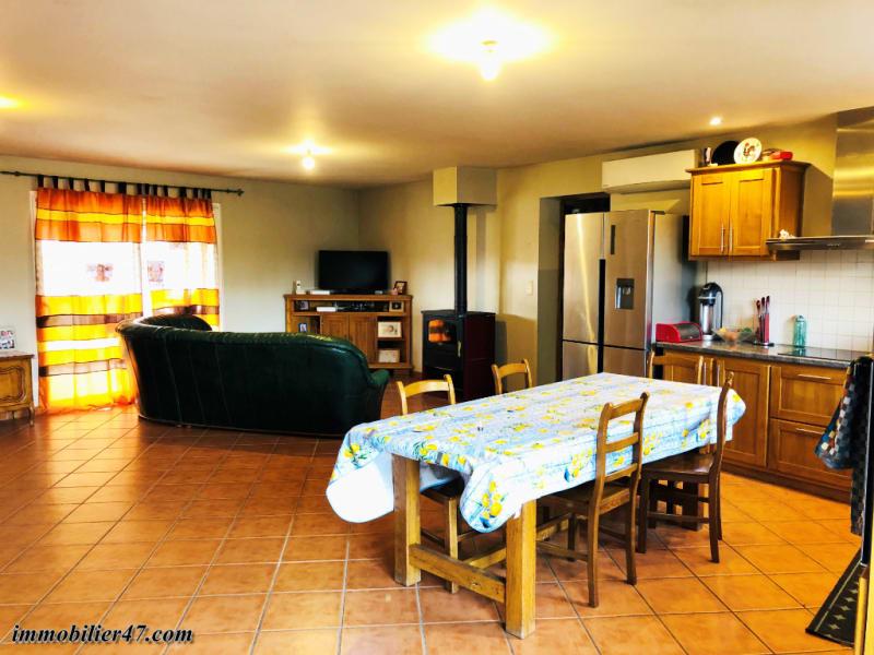 Sale house / villa Saint etienne de fougeres 159900€ - Picture 3
