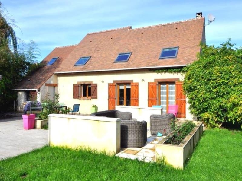 Sale house / villa Forges les bains 480000€ - Picture 2