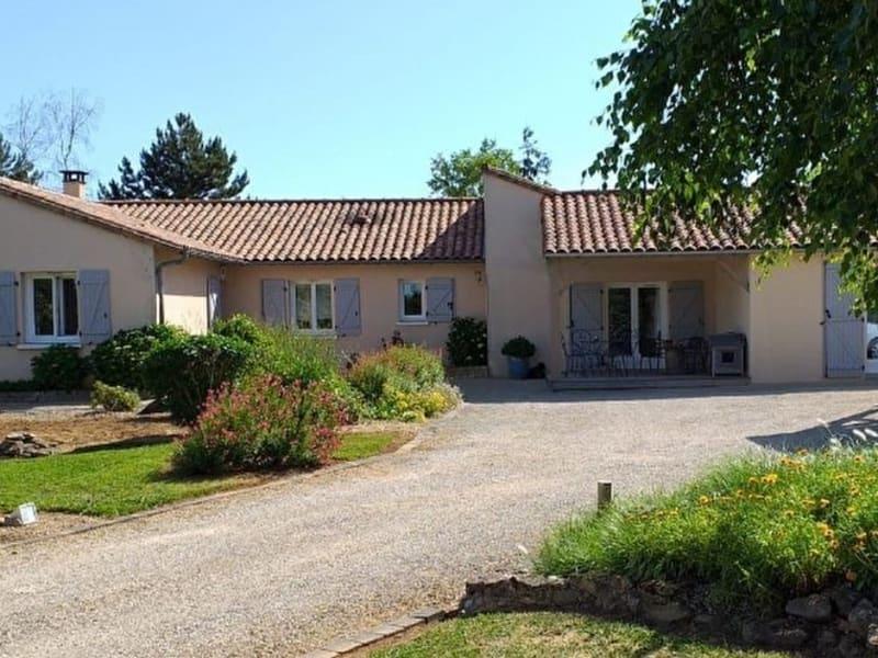 Sale house / villa Iteuil 342400€ - Picture 1