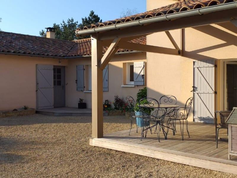 Vente maison / villa Iteuil 342400€ - Photo 6