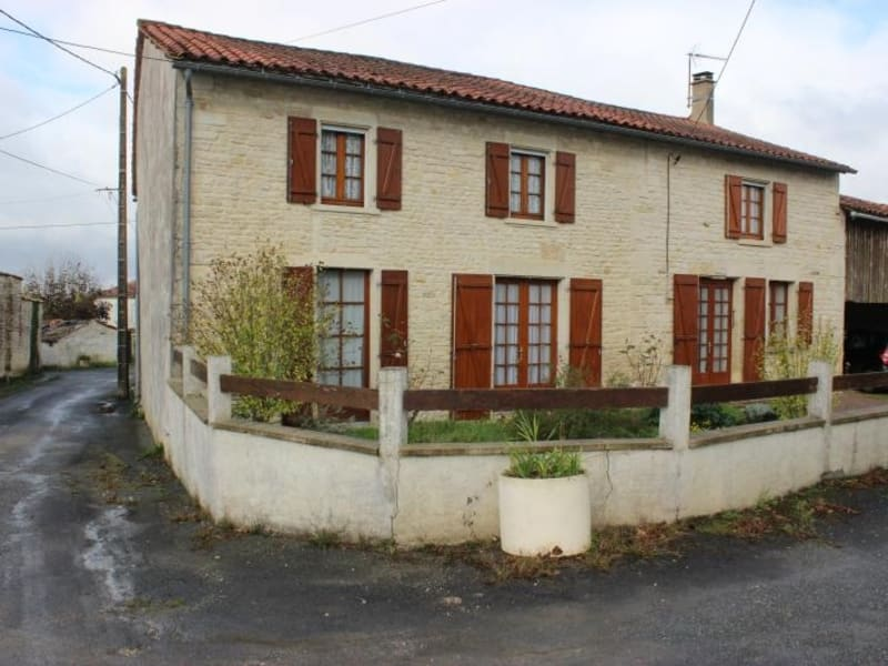 Sale house / villa Chef boutonne 91 000€ - Picture 1