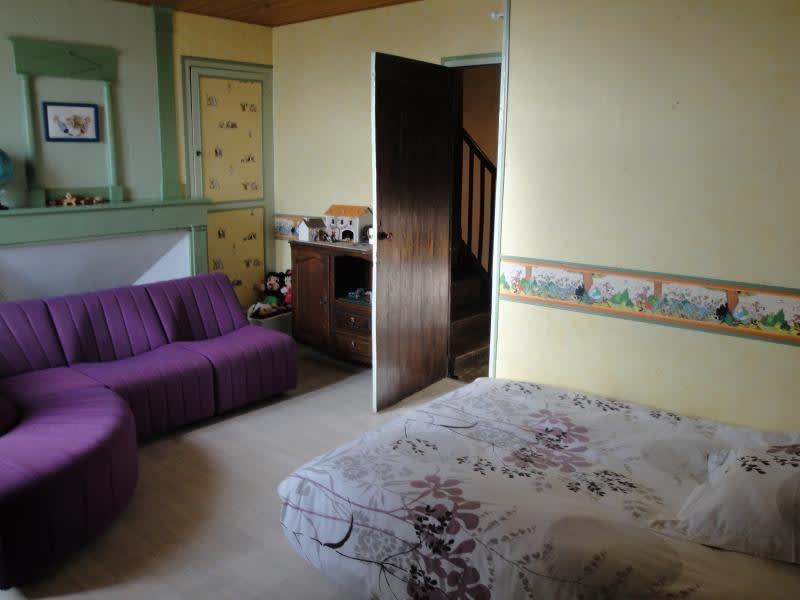 Sale house / villa La foye monjault 252000€ - Picture 8