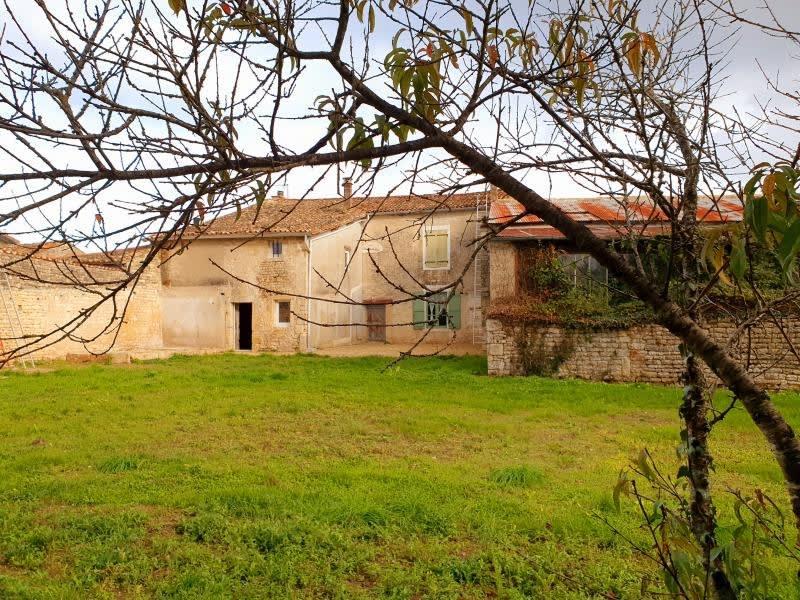 Vente maison / villa Chef boutonne 118000€ - Photo 1