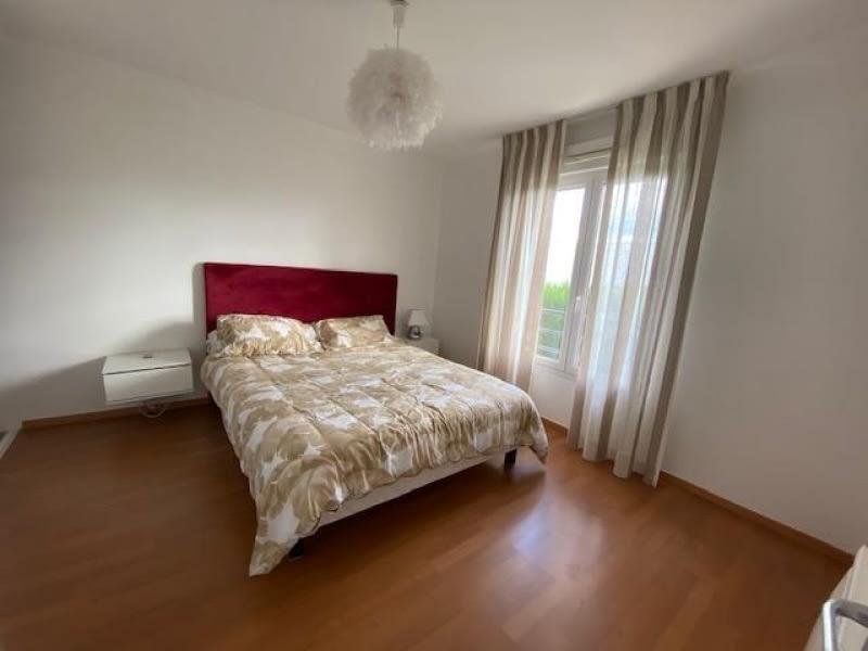 Sale house / villa Lescar 264000€ - Picture 3