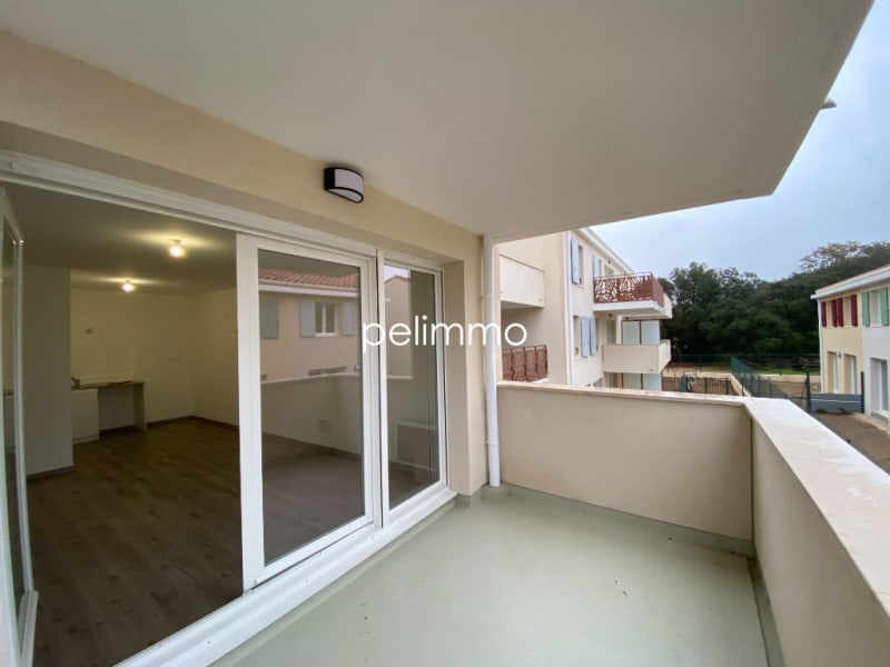 Location appartement Grans 650€ CC - Photo 1