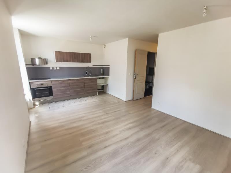 Location appartement Vins sur caramy 595€ CC - Photo 2