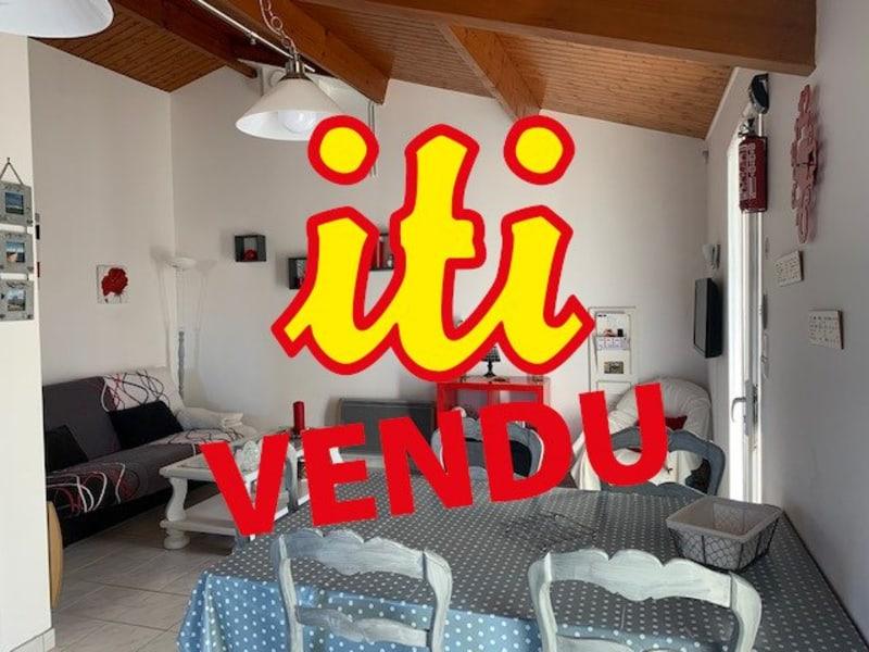 Sale house / villa Chateau d'olonne 274300€ - Picture 1