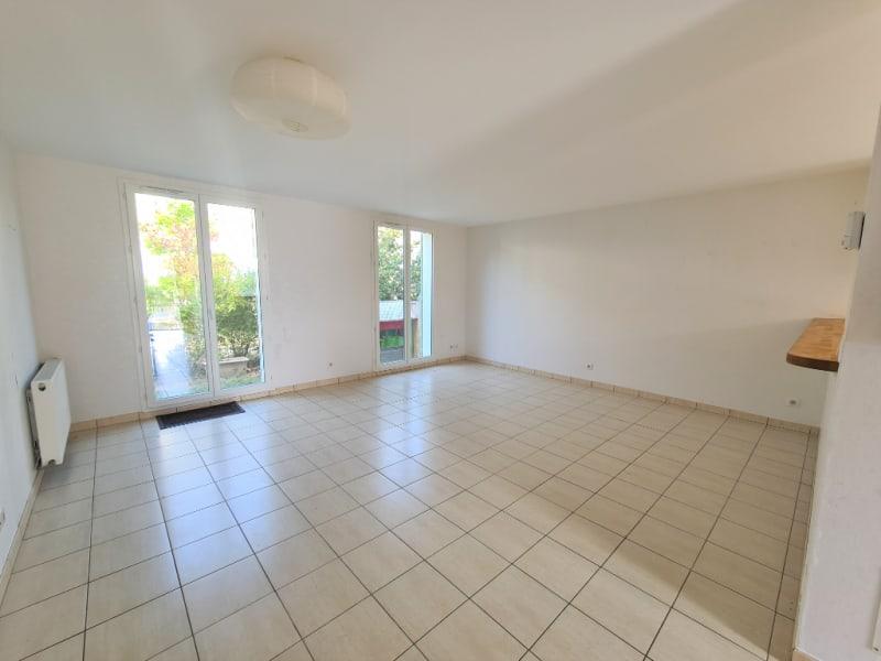 Sale house / villa La ville aux dames 259990€ - Picture 4