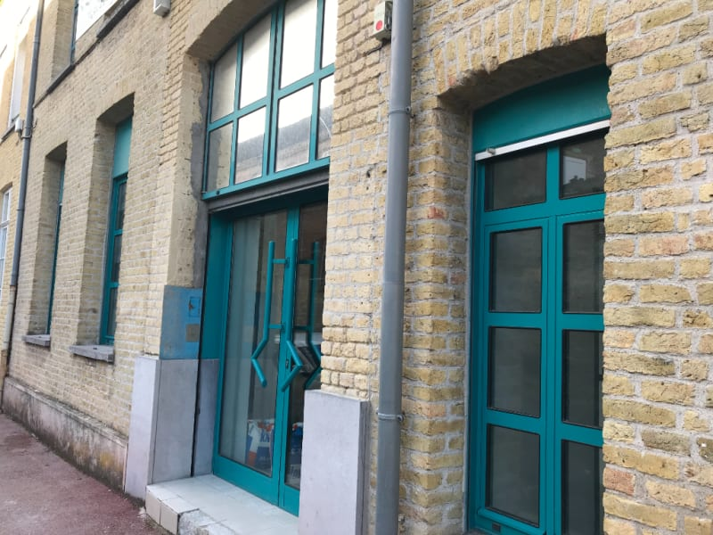 Location local commercial Saint omer 2825€ CC - Photo 1