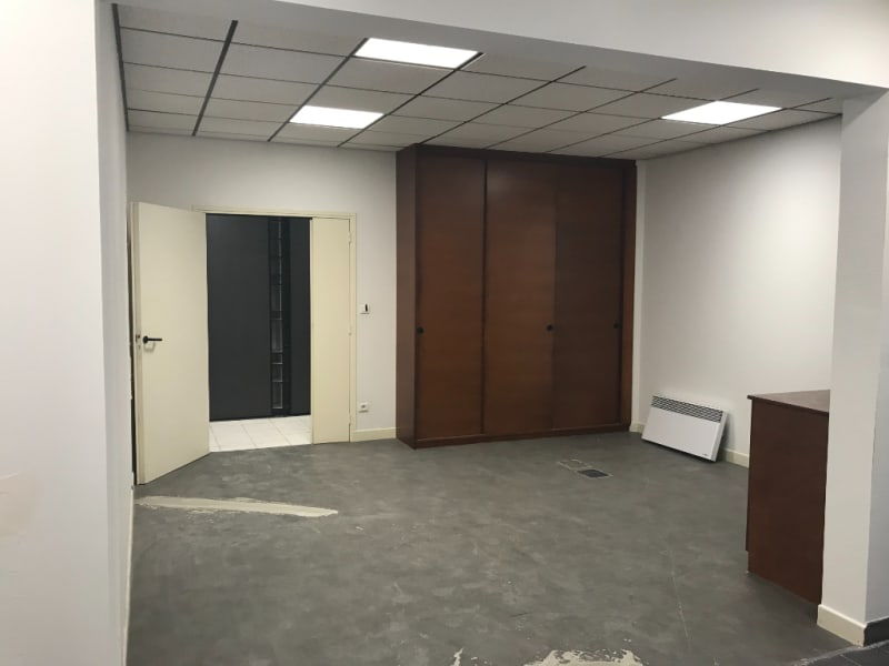 Location local commercial Saint omer 2825€ CC - Photo 2