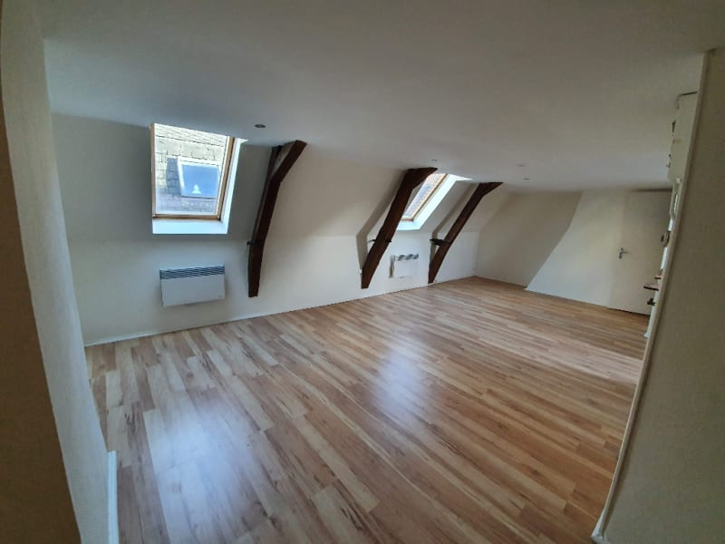 Location appartement Cambrai 370€ CC - Photo 1