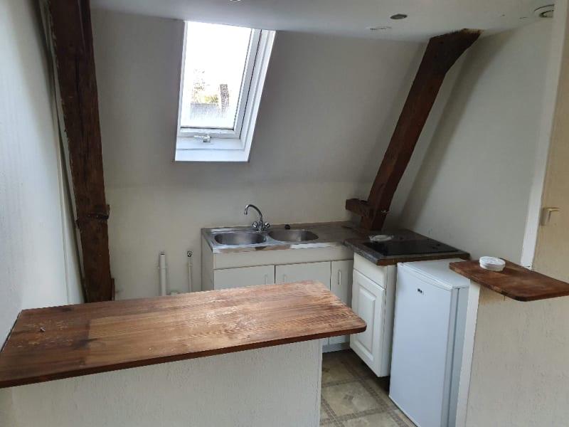 Rental apartment Cambrai 370€ CC - Picture 2