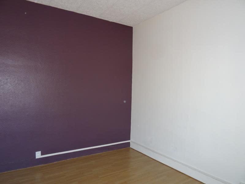 Location appartement Roanne 355€ CC - Photo 3