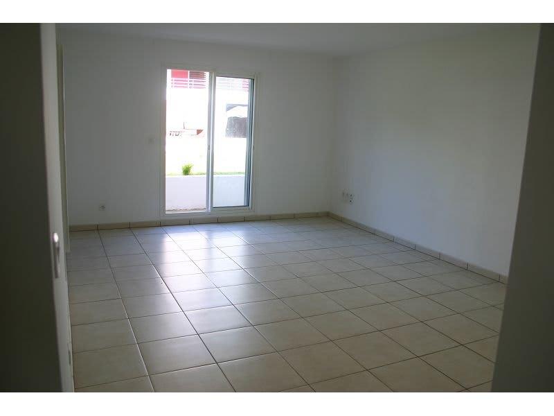 Location appartement St denis 745€ CC - Photo 3