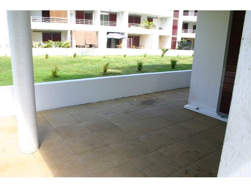 Location appartement St denis 745€ CC - Photo 4