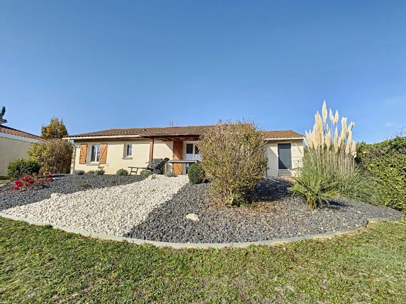 Sale house / villa La verpilliere 320000€ - Picture 1