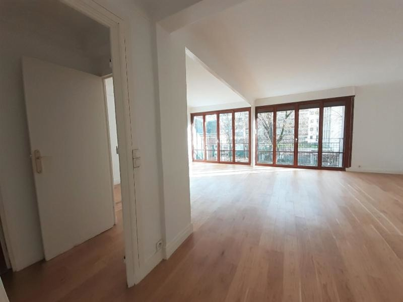 Location appartement Paris 16ème 2 350€ CC - Photo 7