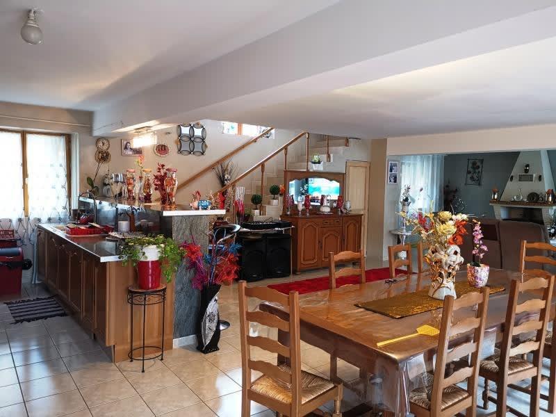 Sale house / villa Labruguiere 220000€ - Picture 6