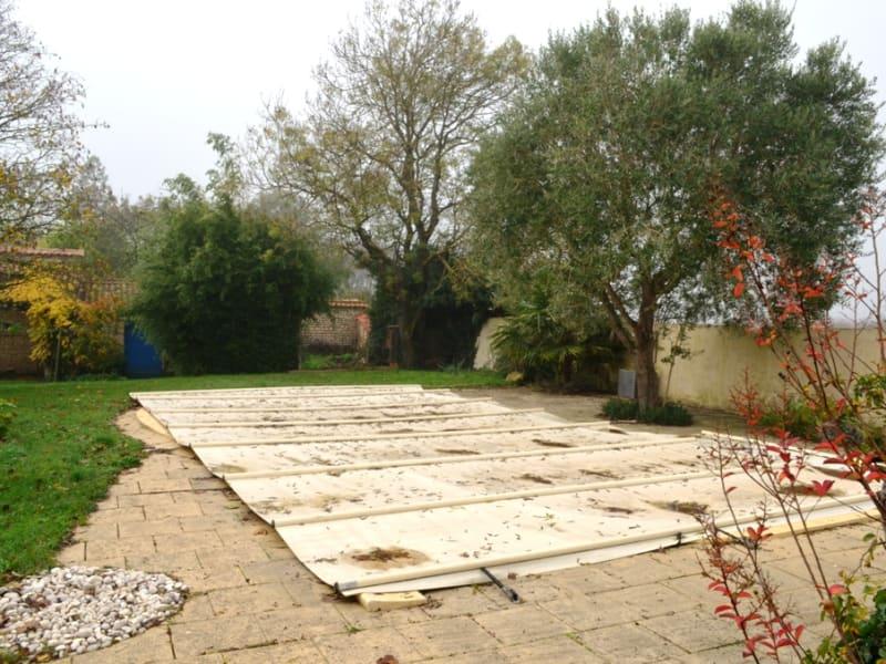 Vente maison / villa Velluire 262800€ - Photo 2