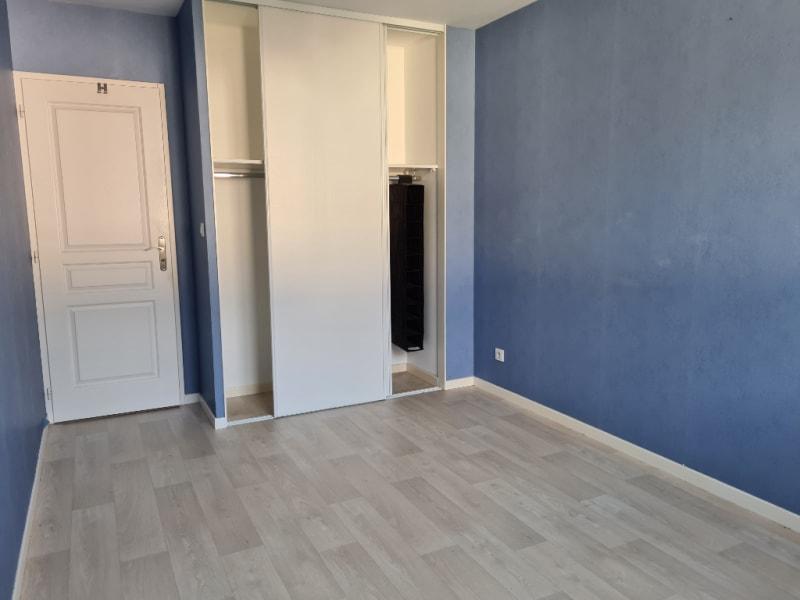 Sale house / villa La ville aux dames 259990€ - Picture 12