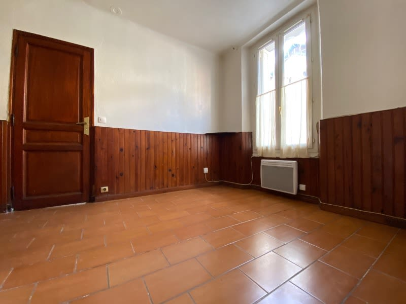 Location appartement Toulon 365€ CC - Photo 3