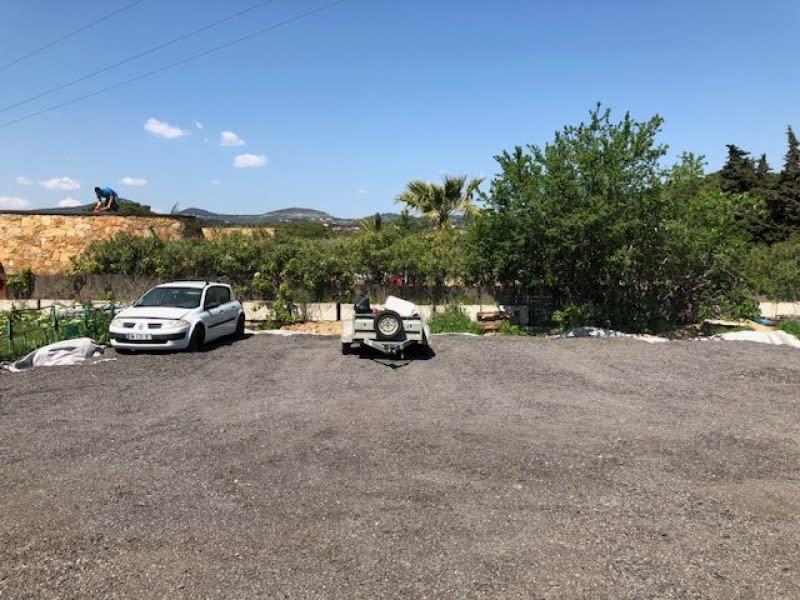 Rental parking spaces Six-fours-les-plages 45€ CC - Picture 1