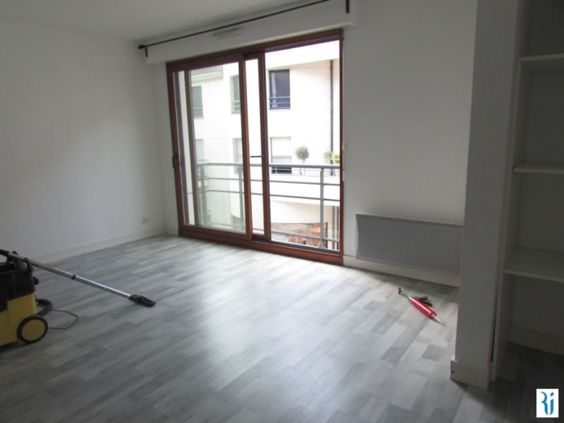 Rental apartment Rouen 642€ CC - Picture 1