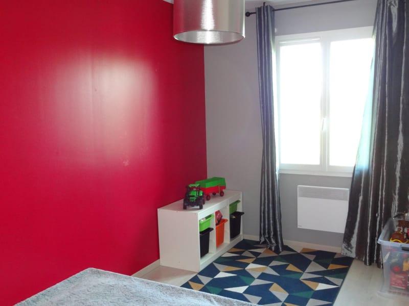 Sale house / villa Le burgaud 227999€ - Picture 6
