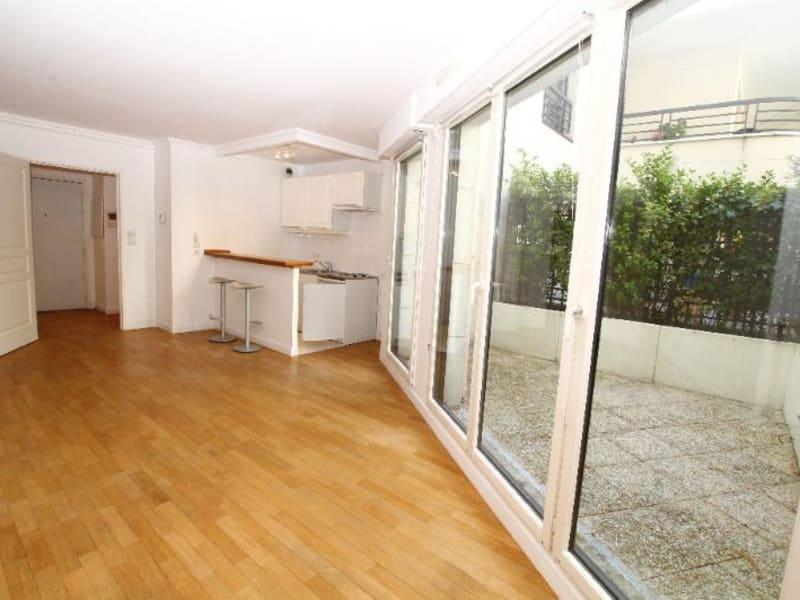 Location appartement Paris 17ème 1204€ CC - Photo 2