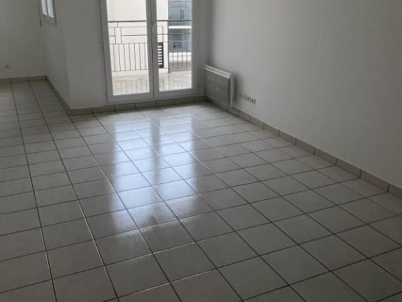 Rental apartment Gagny 1 009,27€ CC - Picture 5