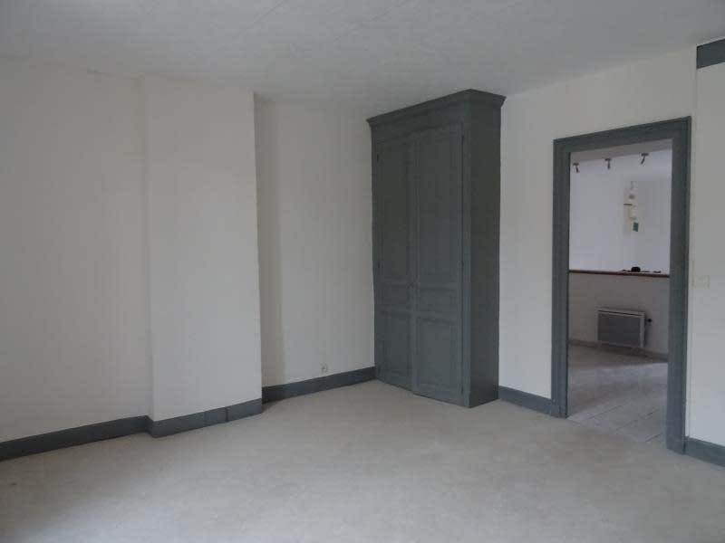 Rental apartment Roanne 290€ CC - Picture 2