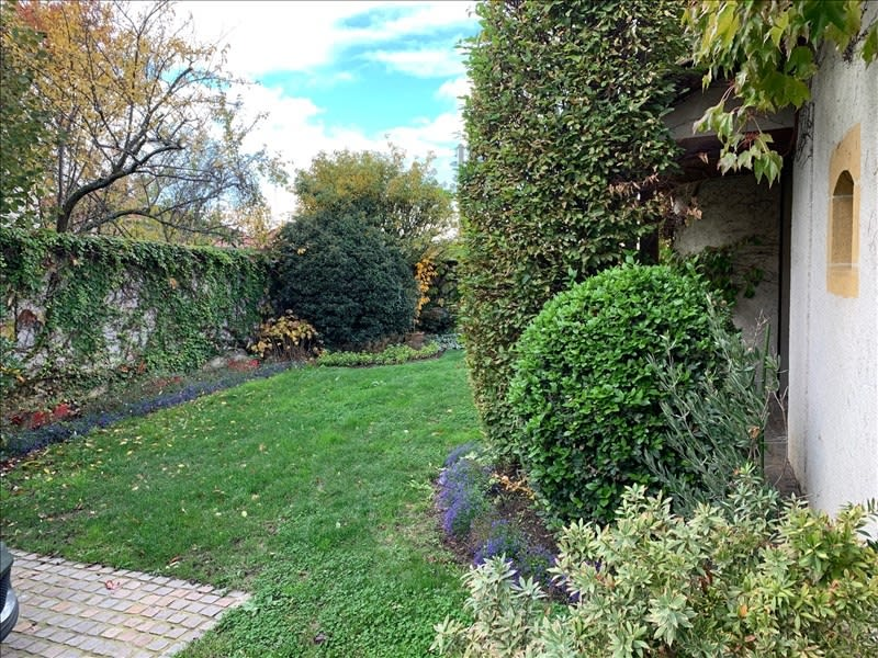 Sale house / villa Le coteau 298 000€ - Picture 1