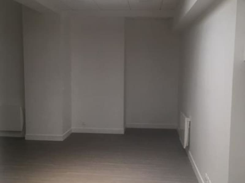 Location bureau Paris 11ème 4 206€ CC - Photo 3