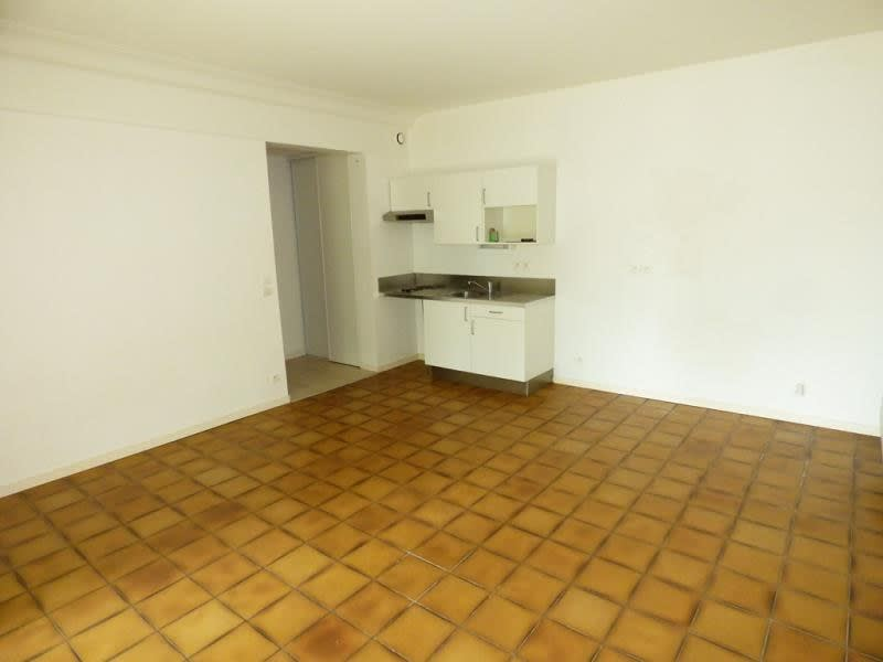 Rental apartment Gradignan 650€ CC - Picture 2