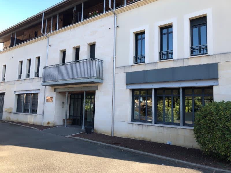 Sale apartment Leognan 212175€ - Picture 2