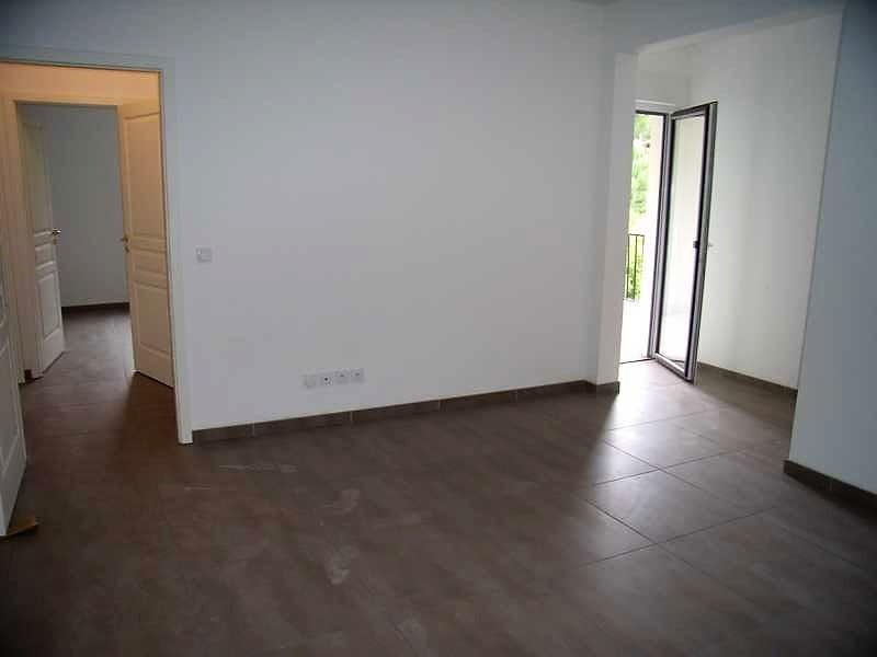 Deluxe sale apartment Vence 334600€ - Picture 2