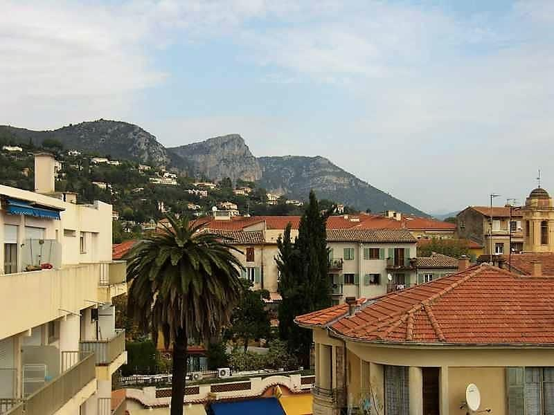Deluxe sale apartment Vence 334600€ - Picture 3