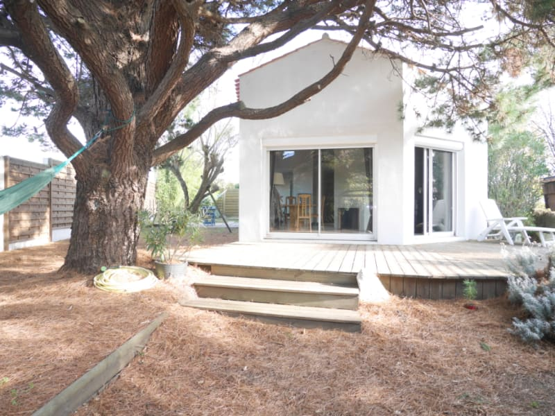 Sale house / villa Les sables d'olonne 328900€ - Picture 1
