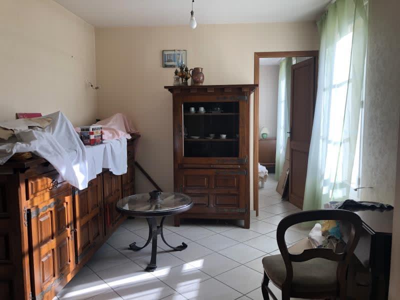 Sale house / villa Vetheuil 220000€ - Picture 4