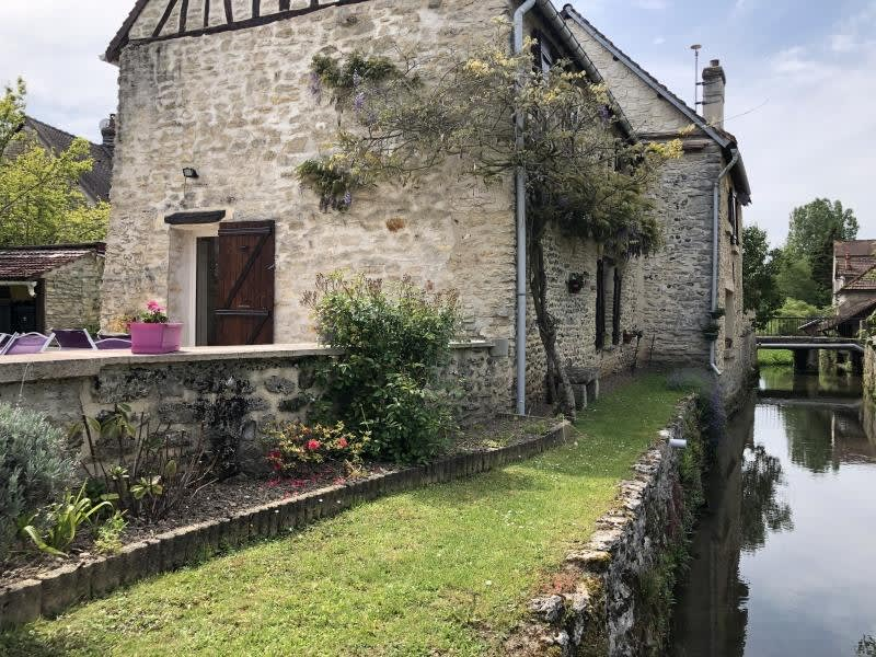 Sale house / villa Cherence 378000€ - Picture 2