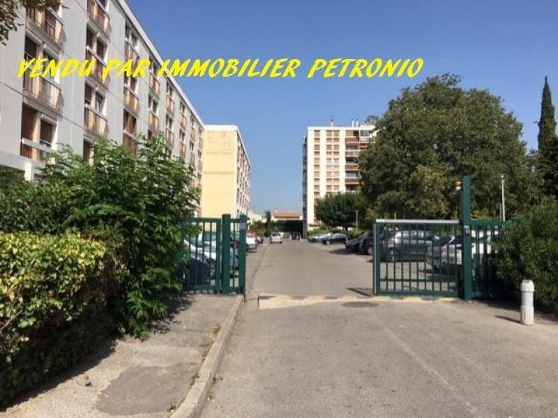 Sale apartment Marignane 129500€ - Picture 1
