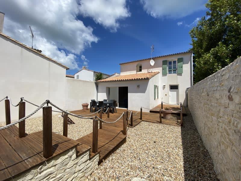 Vente maison / villa La flotte 630000€ - Photo 1