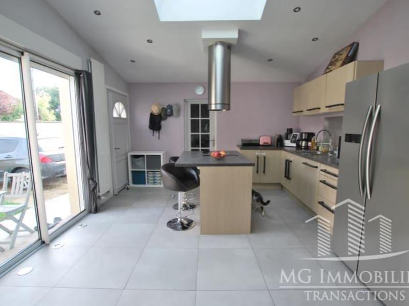 Sale house / villa Montfermeil 220000€ - Picture 4