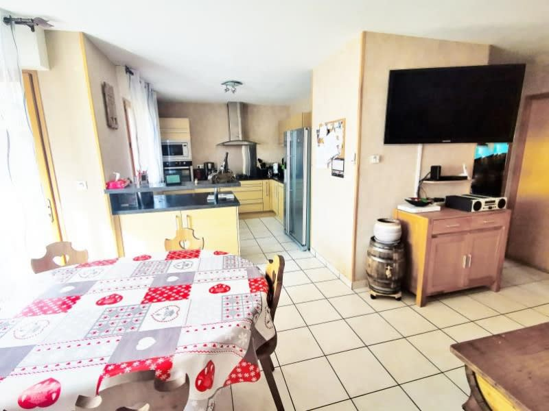 Sale apartment Marnaz 170 000€ - Picture 2