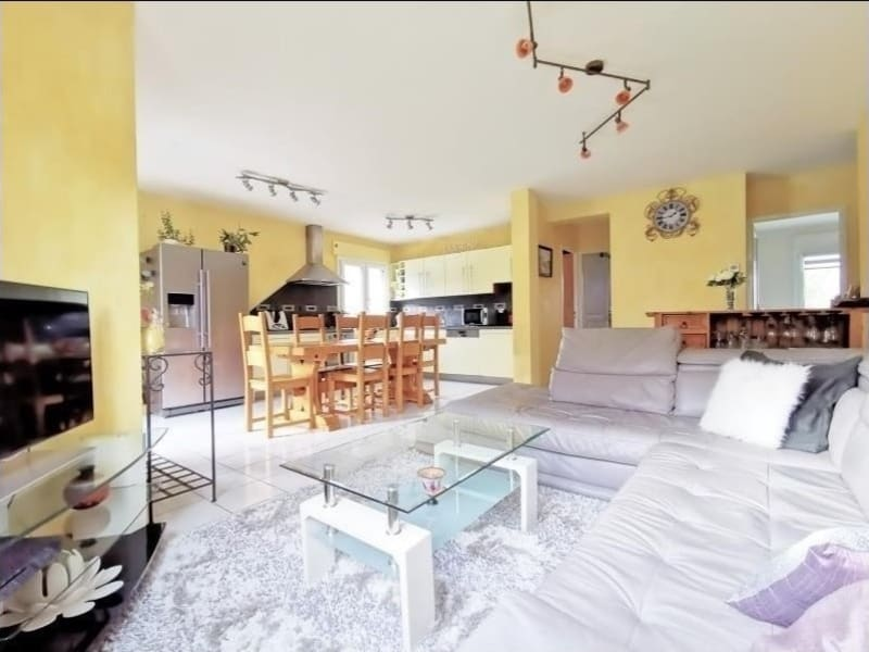 Sale apartment Marnaz 176000€ - Picture 1