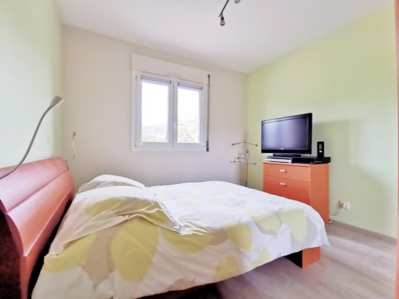 Sale apartment Marnaz 176000€ - Picture 8