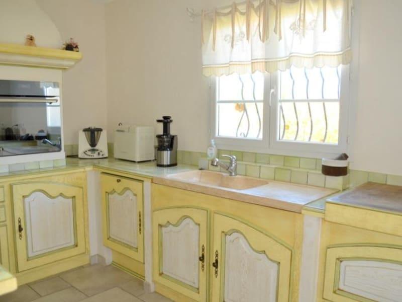 Sale house / villa Le thor 399000€ - Picture 3