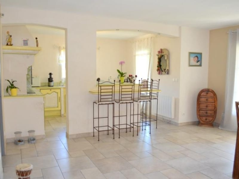 Sale house / villa Le thor 399000€ - Picture 6