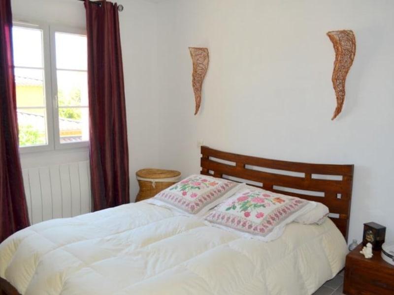 Sale house / villa Le thor 399000€ - Picture 8