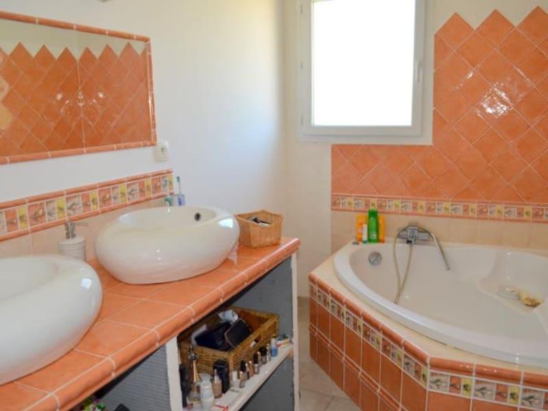 Sale house / villa Le thor 399000€ - Picture 9